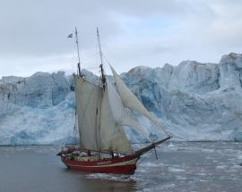 Arctic Summer in North Spitsbergen Photo 1